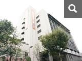 大阪府教育会館(たかつガーデン)に到着